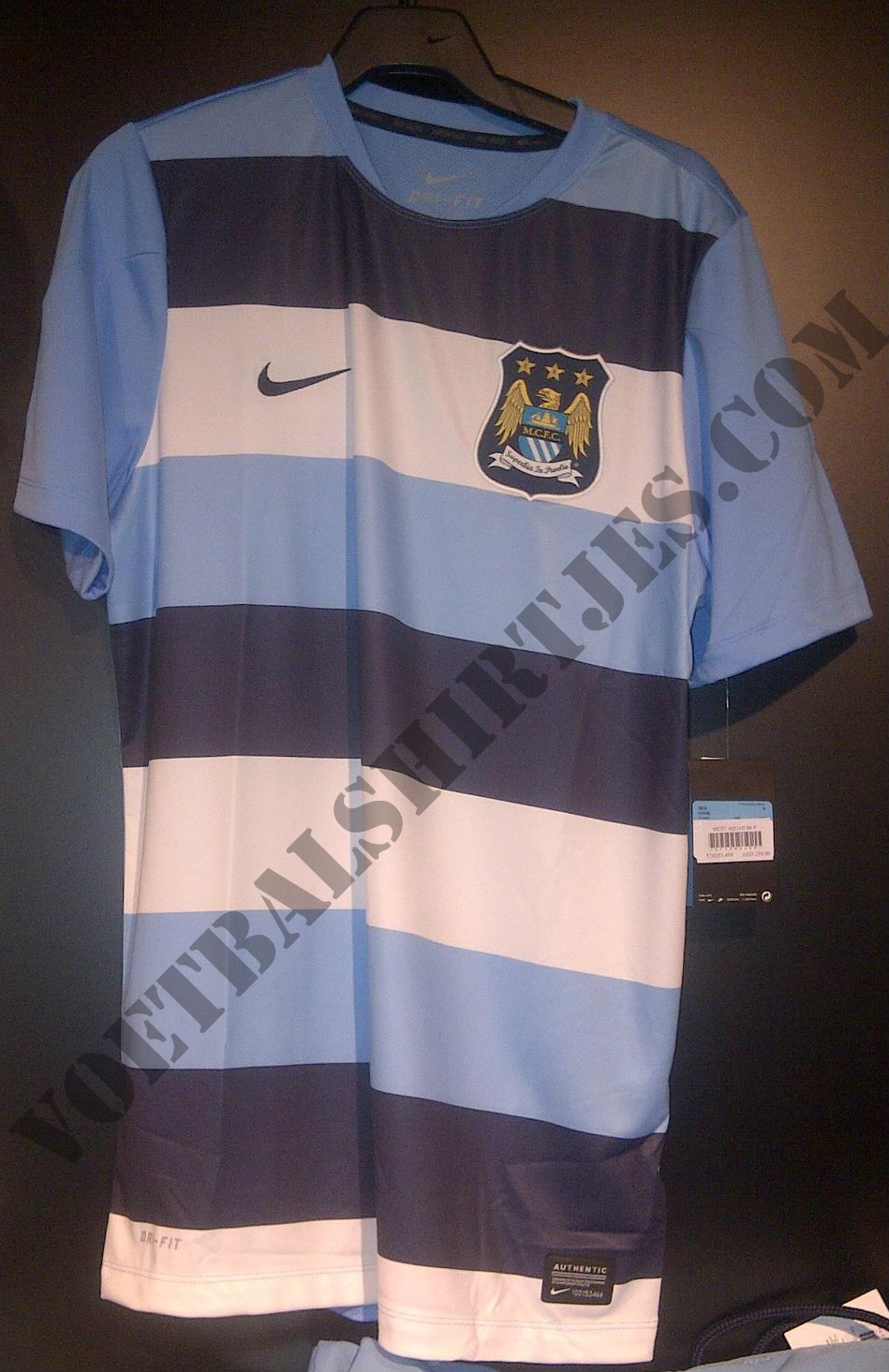 Manchester City home kit 2013-2014