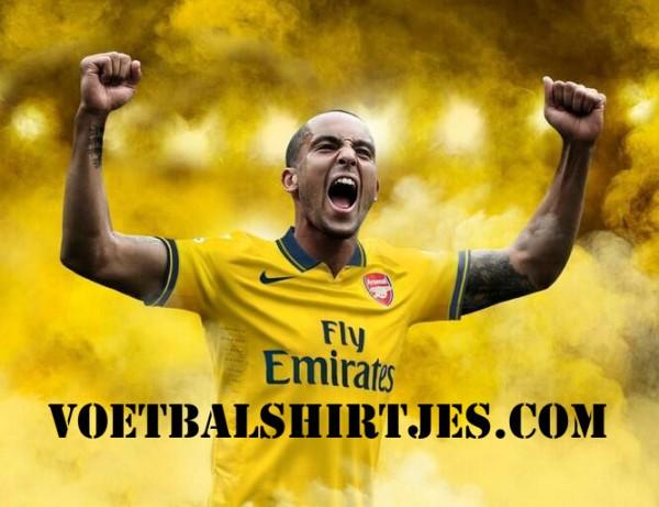 Arsenal away kit 2013-2014