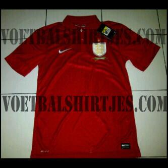 Red England away jersey 2013 2014 Nike