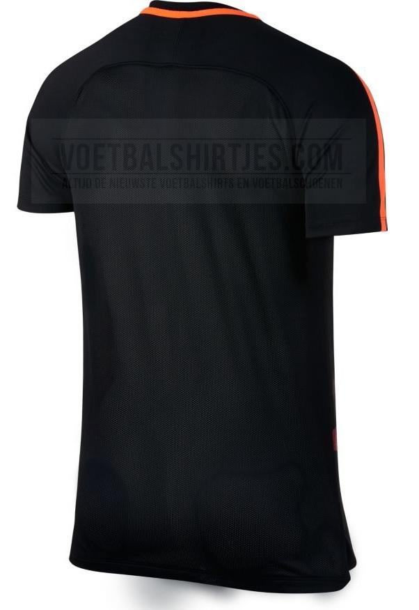 Barcelona pre match shirt 17-18