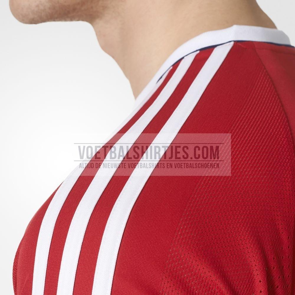 ajax trainingsshirt rood