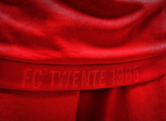 FC Twente shirt 2018 rand onderkant