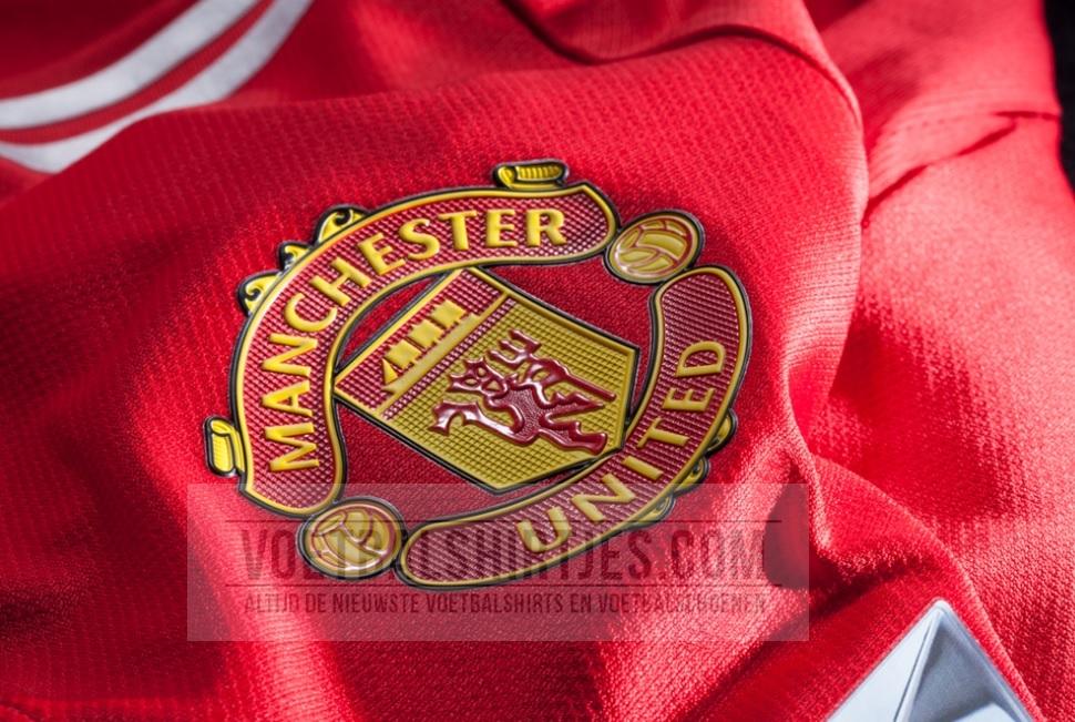 manchester United 17-18 kit