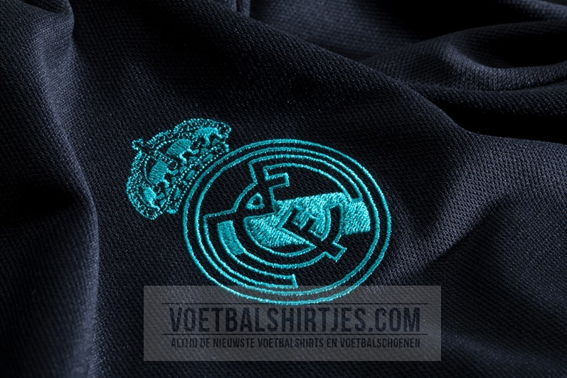 real madrid 17-18 away jersey