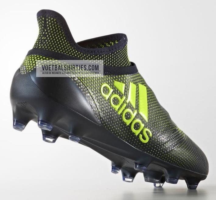 X 17+ voetbalschoenen