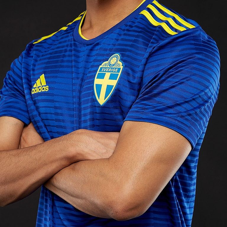 Sweden away kit 2018
